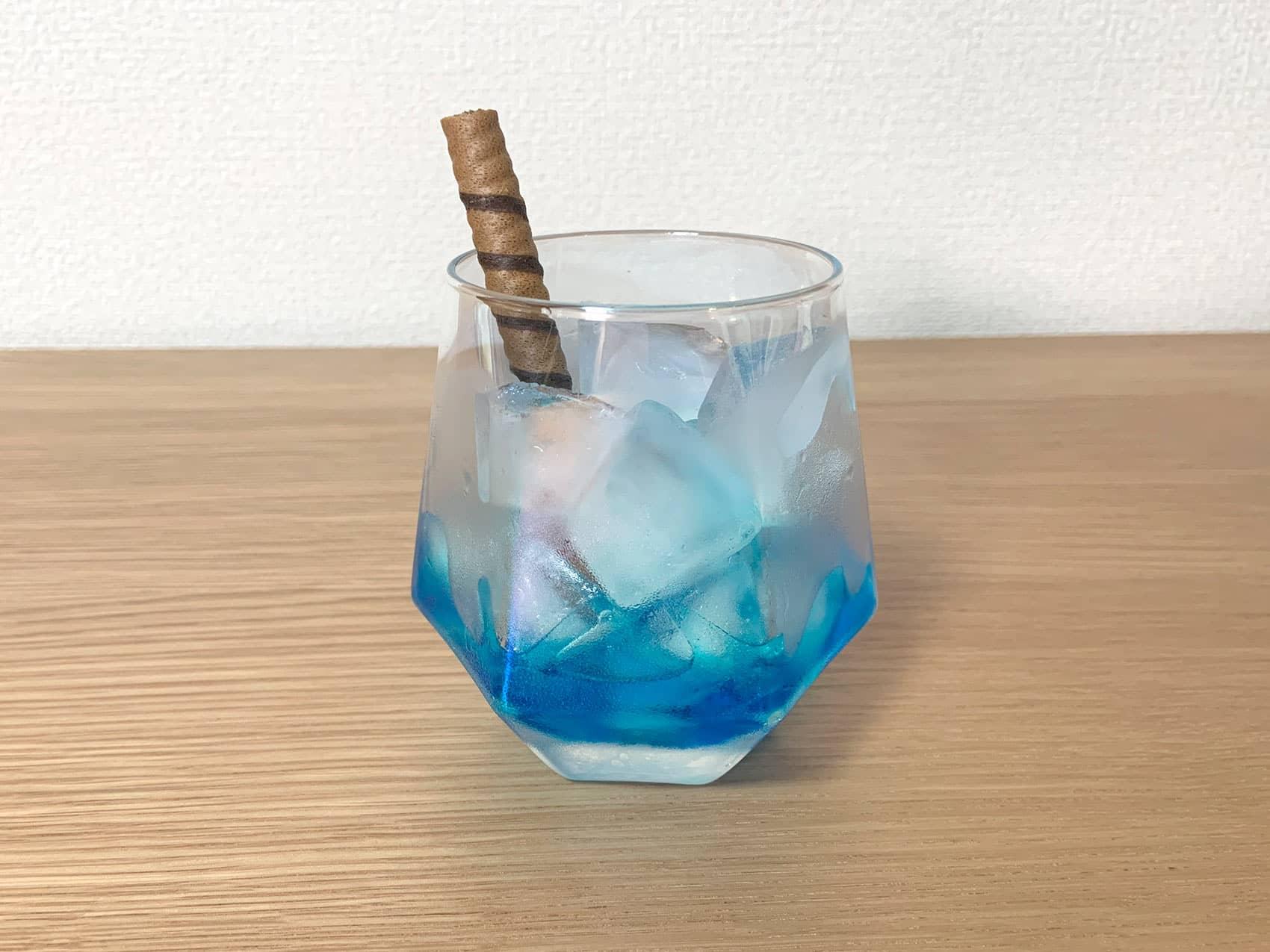 炭酸水を注ぐ(1回目)