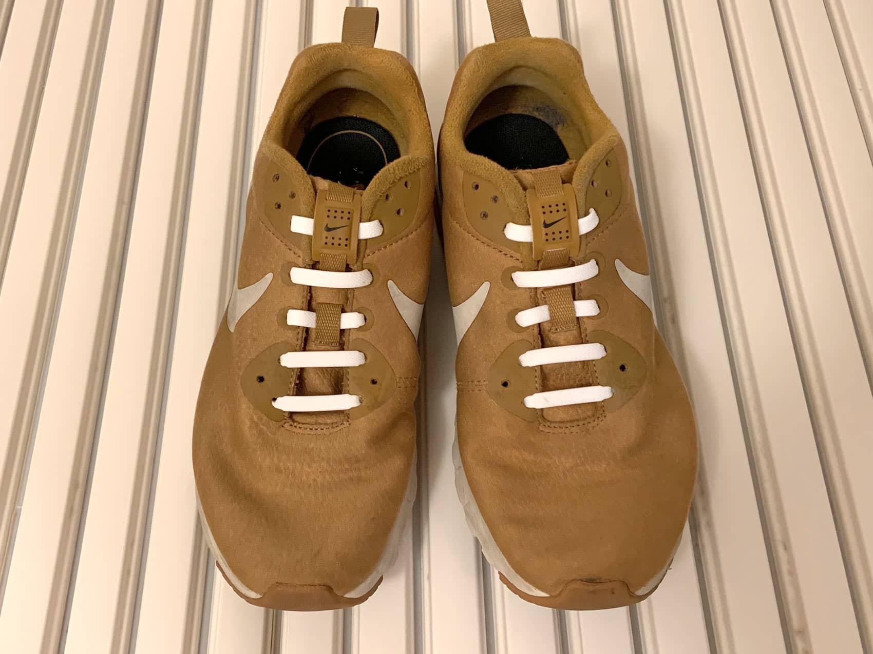 DAISO「結ばない靴紐」取り付けた所