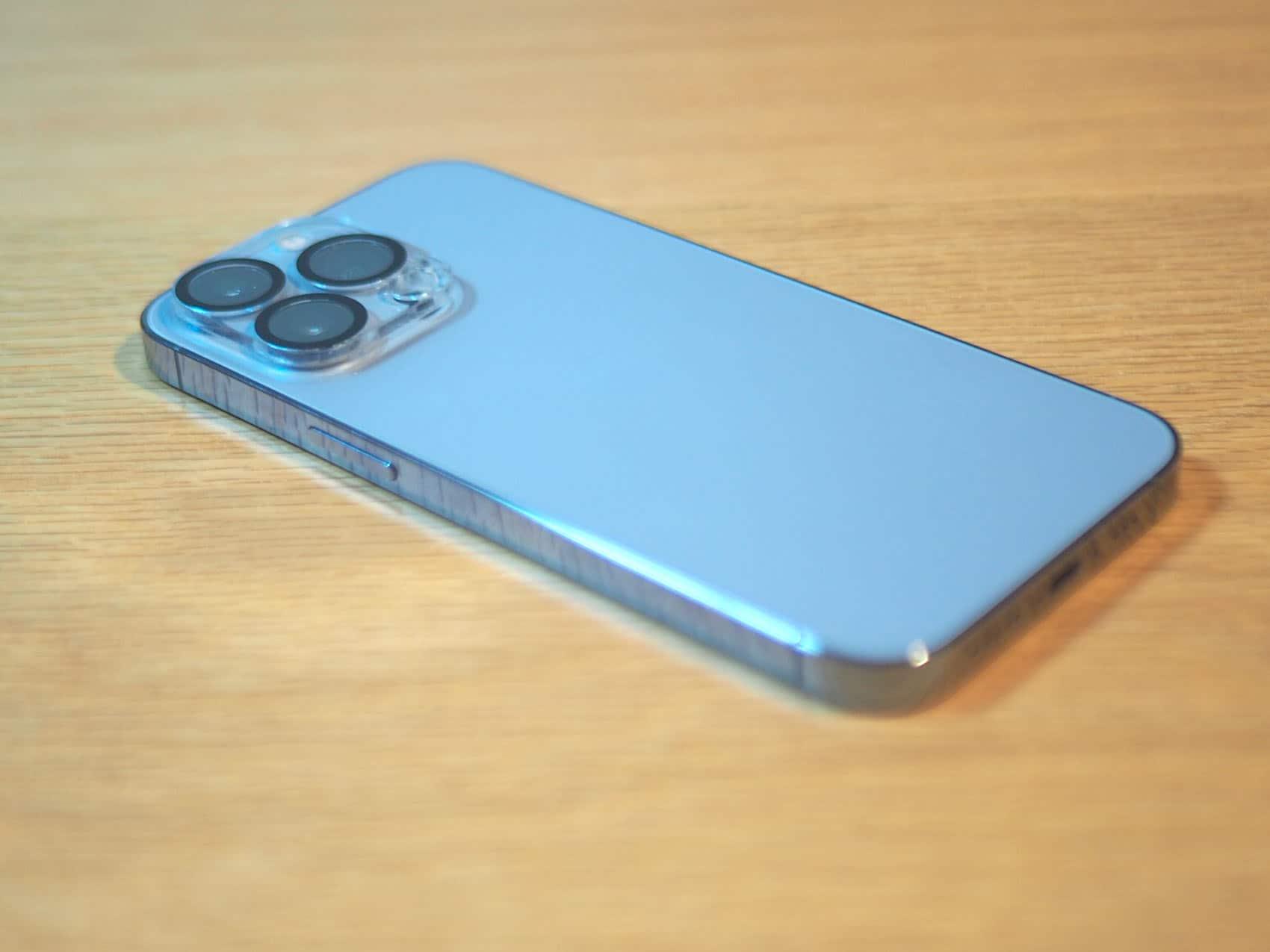 iPhone 13 Pro 256GB シエラブルー 横から